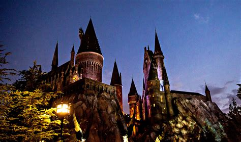 INTRODUCING: The LeakyCon Park Event - The-Leaky-Cauldron