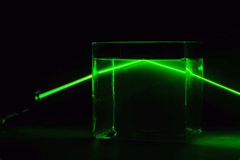 Bacterial optical fibre helps shine lasers through murky