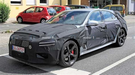Genesis G70 Shooting Brake Wagon Spied Front Camo View