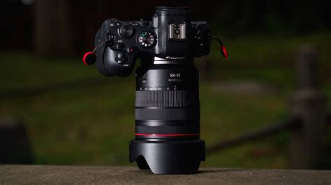Canon RF 24-105mm F4 L IS USM - Review 2020 - PCMag UK