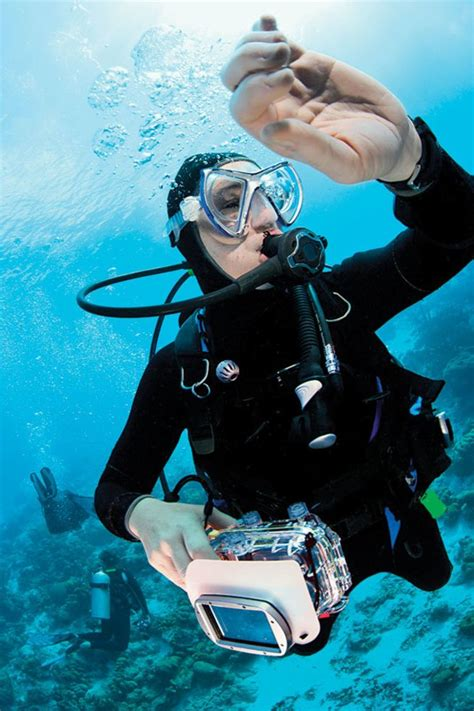 How To Prep Your New Dive Computer for Scuba Diving